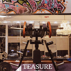 #treasuredrivefitness #gym #fitness #legsworkout #frontsquat #fitgirls #gymlife #gymshark