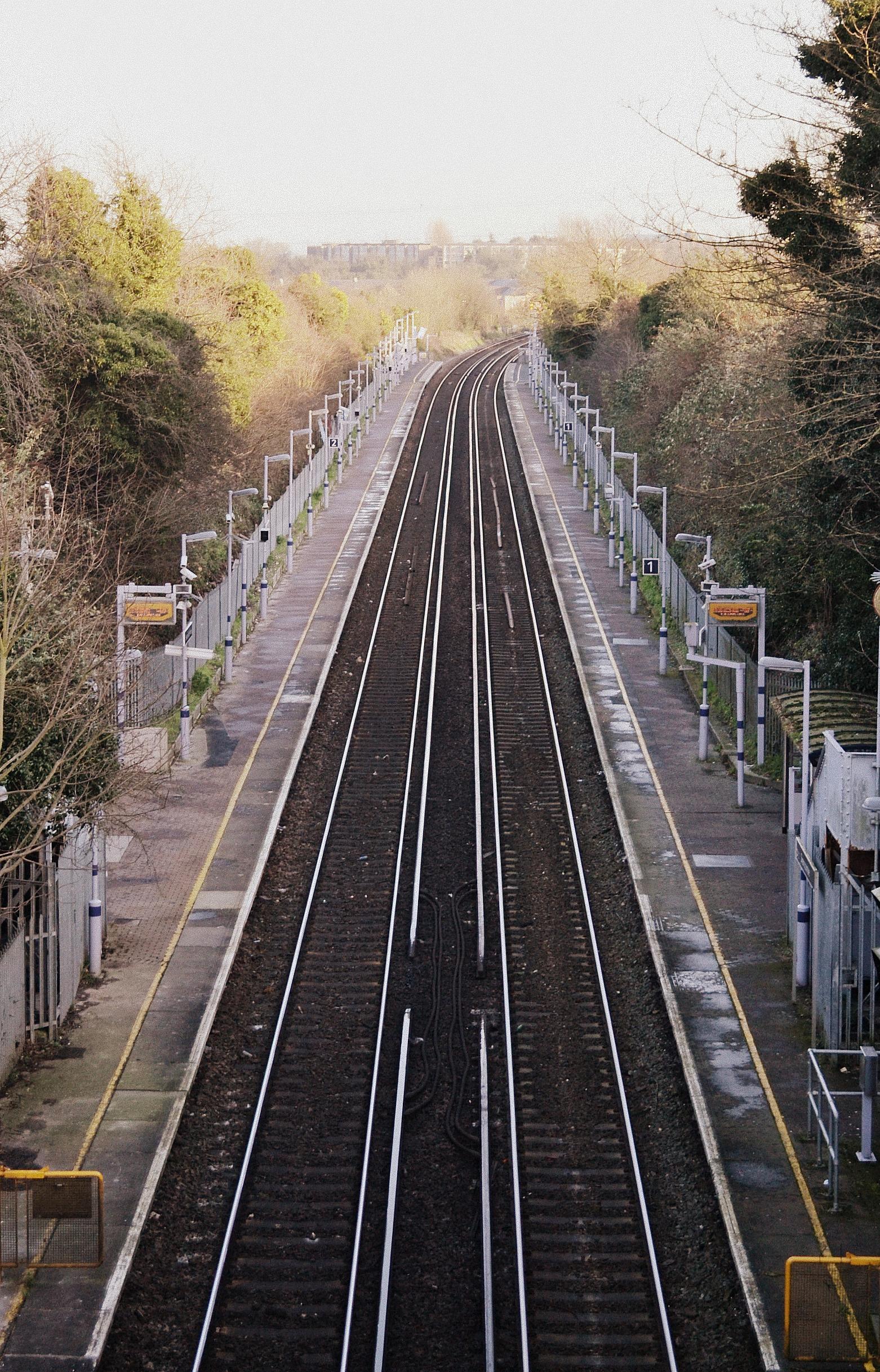 Swanscombe Rail Station