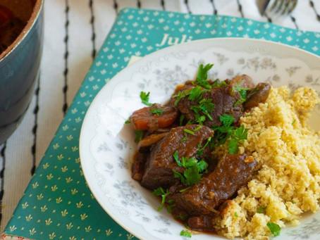 Boeuf Bourguignon (Carne Cozida no Vinho com Vegetais) | Receita