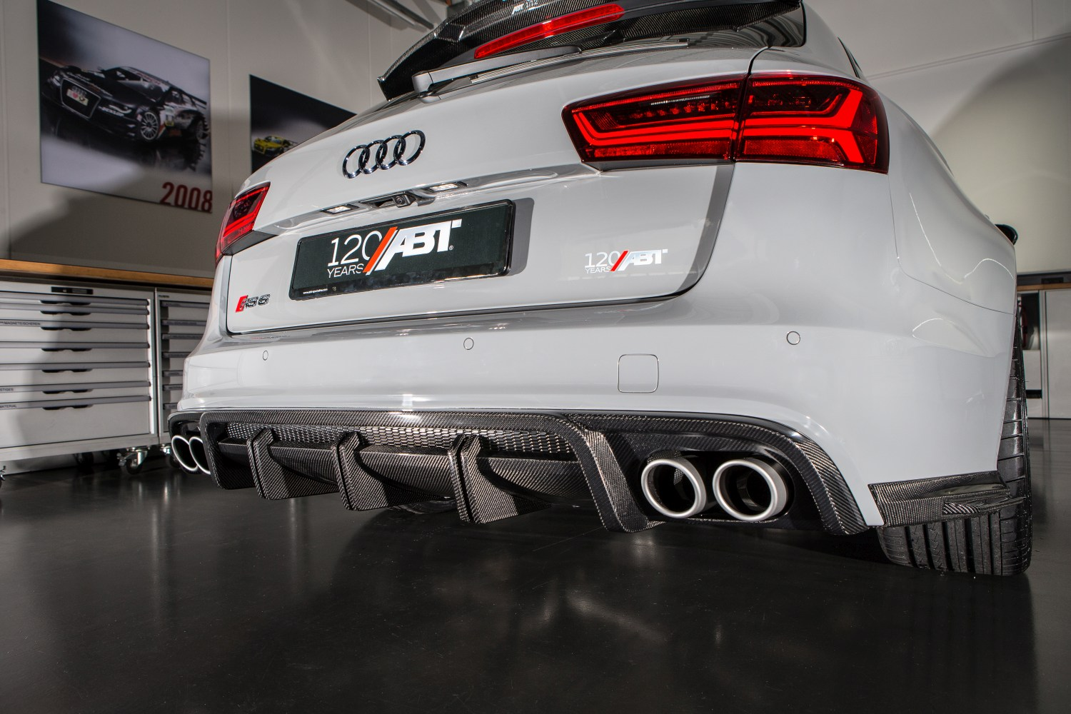 ABT_RS6_performance_2016_1_12_10