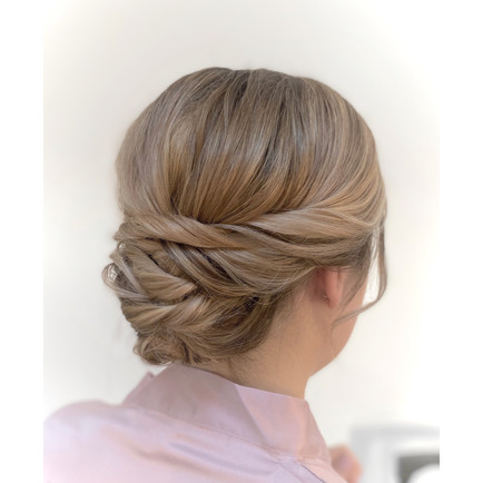 Soft but sturdy bridesmaid updo
