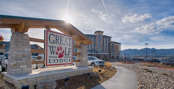 Great Wolf Lodge Sign
