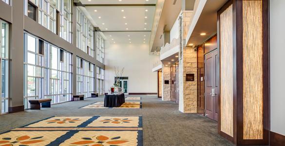 Hilton Garden Inn Hotel & Convention Center - Manhattan, KS