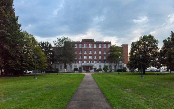Kentwood Hall: Front Lawn