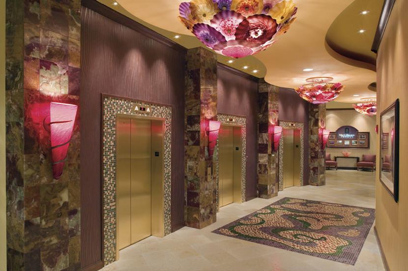 Embassy Suites Dallas/ Frisco Hotel elevator hallway
