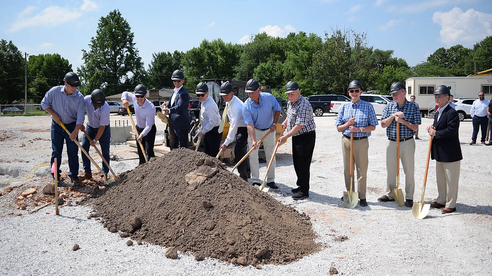 Legacy Bank in Springfield breaks ground on new building