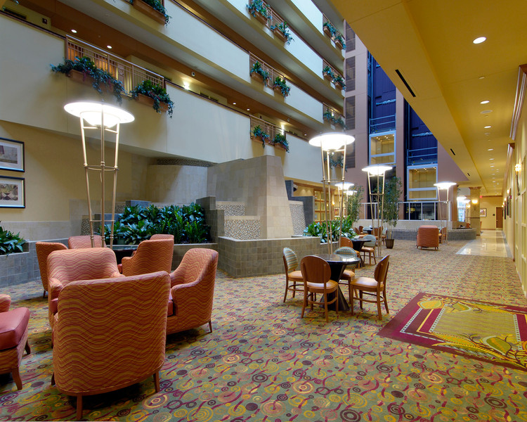 Embassy Suites Northwest Arkansas Hotel, Spa & Convention Center