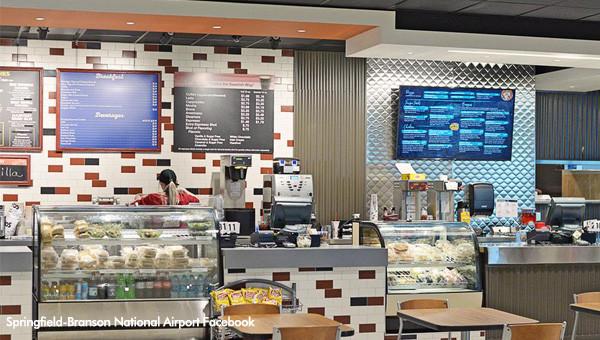 Springfield-Branson National Airport: Riverbend Restaurant