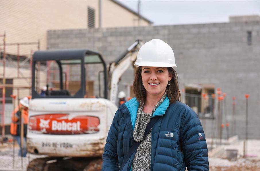 Laura visits a construction site