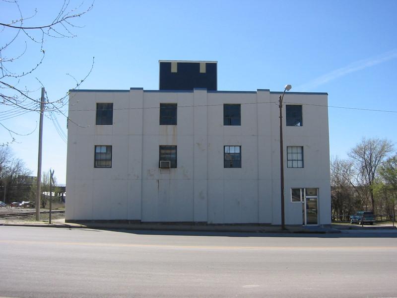 319 North Main Avenue, Before