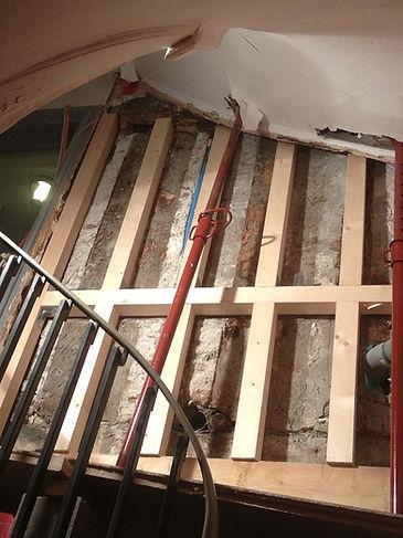 FAIRPLAY est spécialisés dans la rénovation complète de maisons et d'appartements mais nous intervenons également pour la réfection de bureaux et commerces