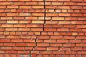rénovation à paris - les briques fissures