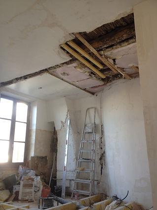 Rénovation du bacculat du plafond en platre
