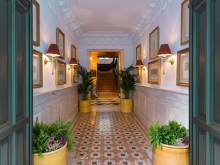Hotel Room Mate Alba