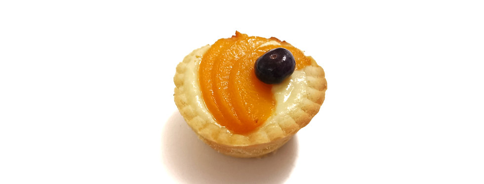 Tartaletės su varškės kremu ir persikais