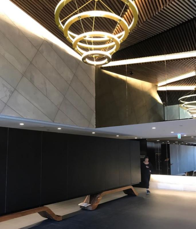 honorbond south yarra lobby
