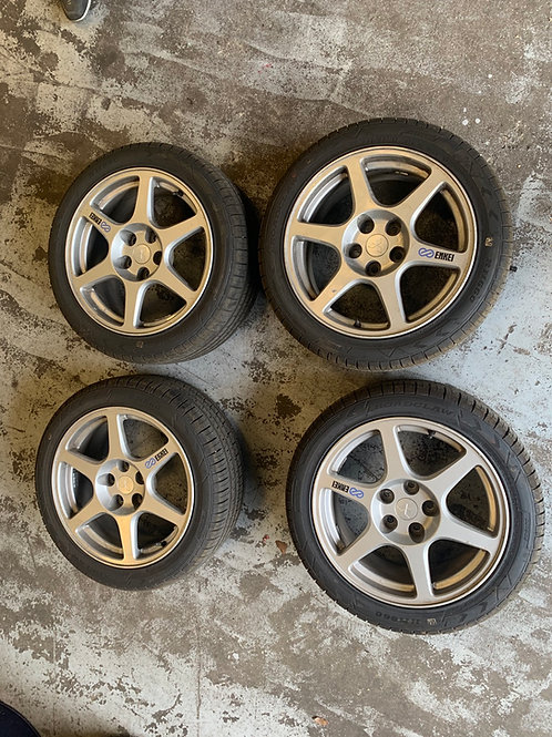 OEM Mitsubishi Lancer Evolution VIII GSR Enkie Wheels + RWC Tyres