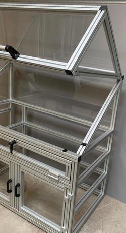 UV Lamp Test Cabinet (5)