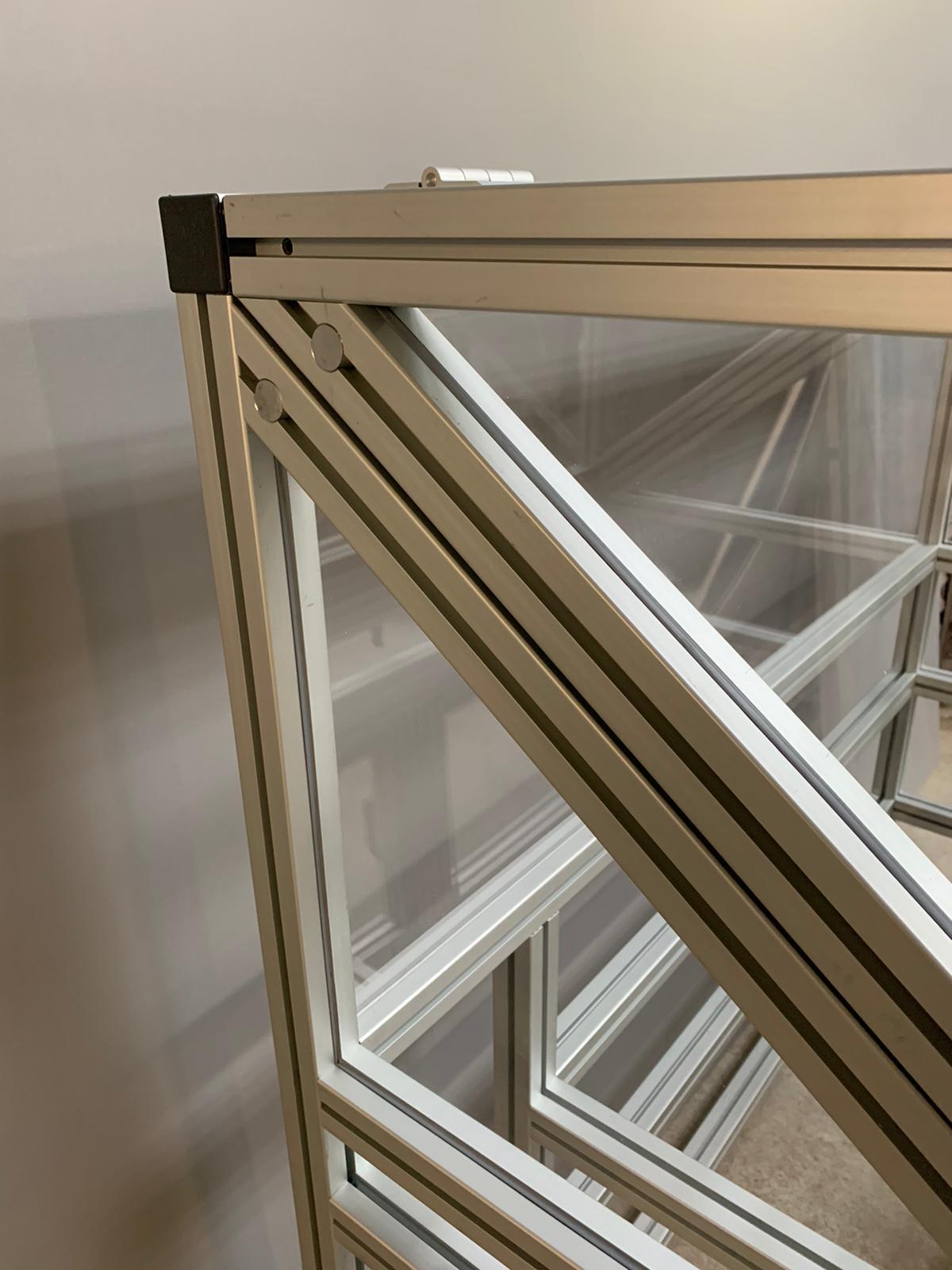 UV Lamp Test Cabinet (6)