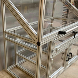 UV Lamp Test Cabinet (2)