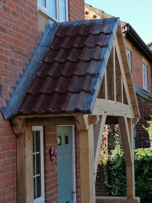BESPOKE OAK PORCH WITH CANOPY TILES