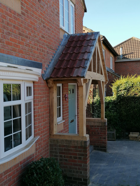 BESPOKE OAK PORCH