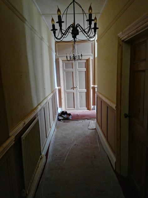 BESPOKE HALLWAY PANELLING & CUPBOARD DOORS