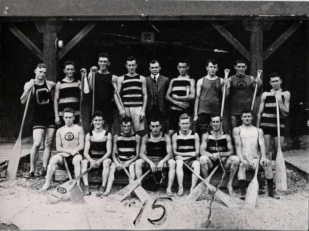 1915 CDN CHAMPS WAR CANOE TEAM 4 copy.jp