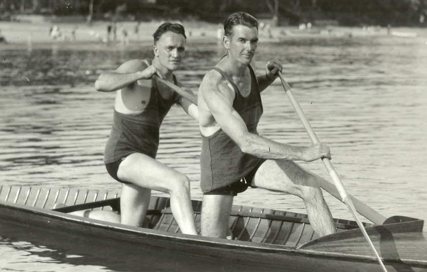 1935 SR TANDEM H CHARTERS, W SAKER DOMIN