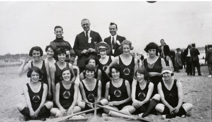 1920 Female Paddling copy.jpg