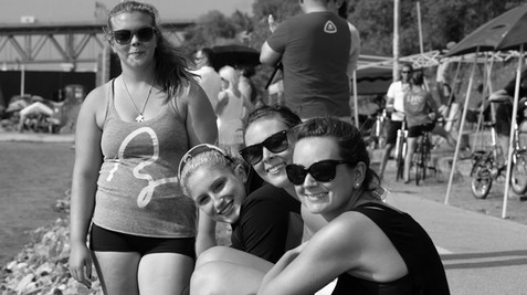 2013 Nationals Montreal - Beach Girls.jp