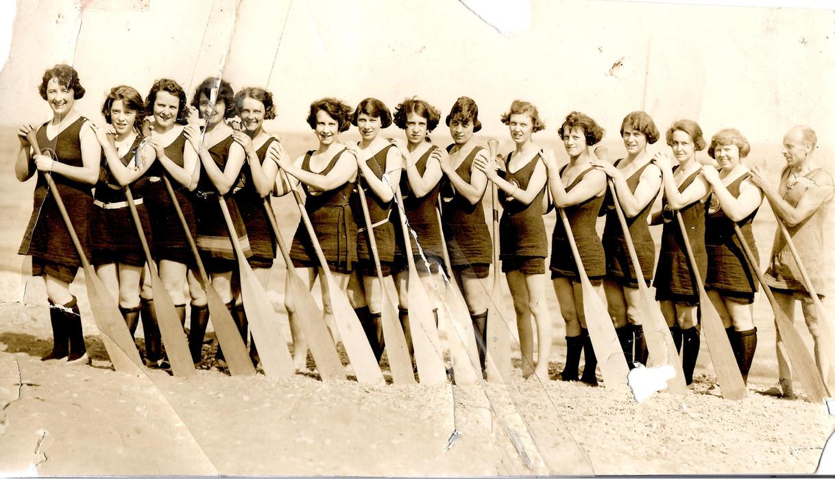 1923 a x600 copy.jpg