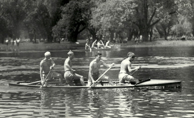 1947 C4 KEN LANE, BILL BUTTREU, ART FARI