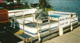 2000 Pontoon Coach Boat