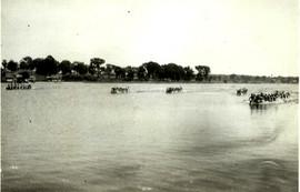 1935 SR WAR CANOE _ MOONEYS BAY