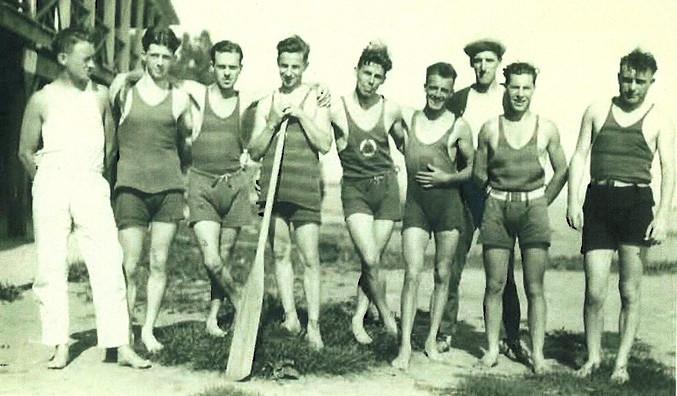 1935c PADDLERS 5 ERNIE EVANS 7 TED REEVE