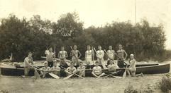 1906 WAR CANOE