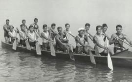 1933 JR WAR CANOE
