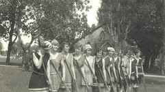 1920 7JULY1 HANLAN'S PT LADIES WAR CANOE