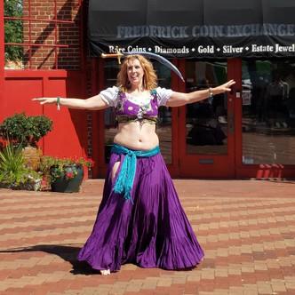 Lindsey sword dance at Renn Fest '19.jpg