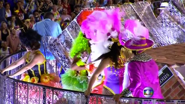 Accidente en Carnaval de Rio empaña celebraciones , 12 heridos (video)