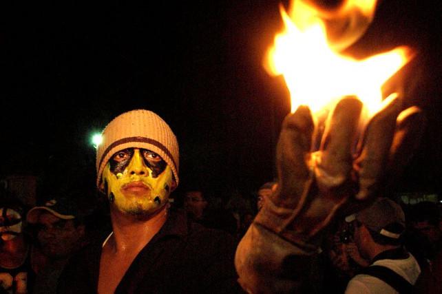 Destino America Mia de la Semana: El Festival de las Bolas de Fuego, en Nejapa, El Salvador (video)