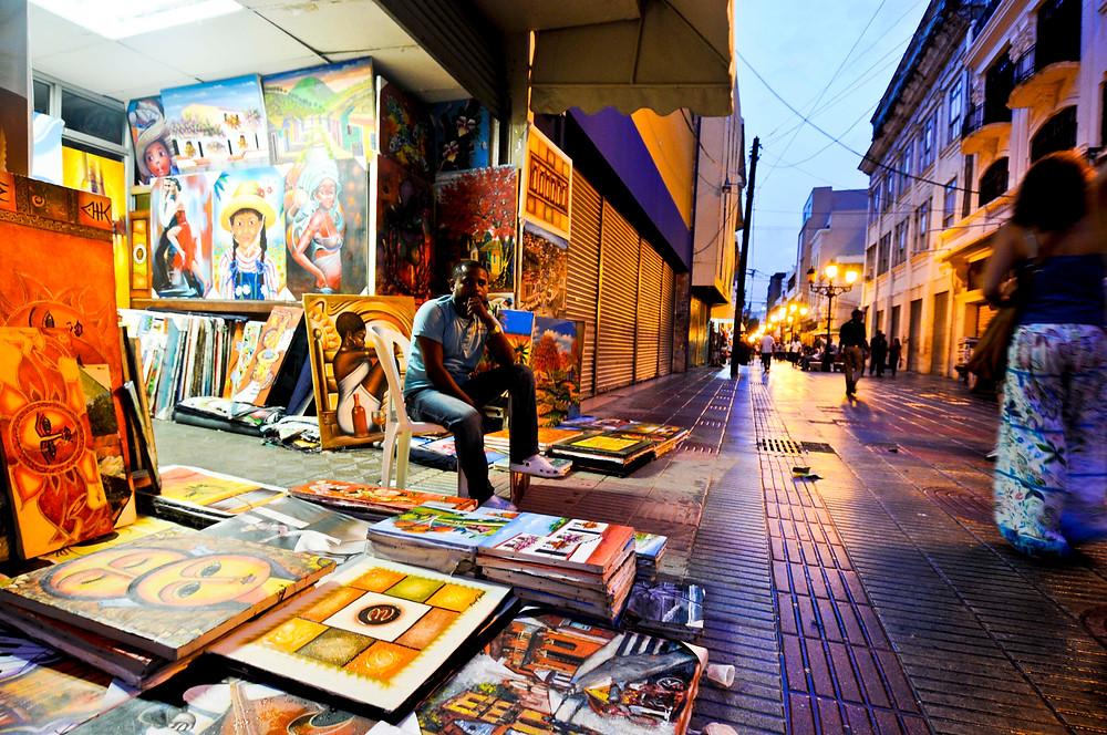 Venta de arte en Santo Domingo, Zona Colonial, Republica Dominicana