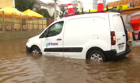 Penetraciones de mar causan inundaciones en Valparaíso, Chile (video)