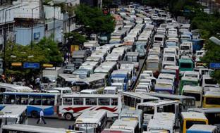 Paralizada Caracas y otras ciudades por protestas de choferes contra el censo de vehículos (video)