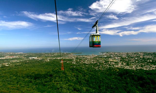 Incrementa visita de turistas nacionales y extranjeros a Teleférico de Puerto Plata, República Domin