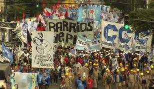 Celebran en toda Argentina a San Cayetano, patrono del pan y el trabajo (video de la procesión)
