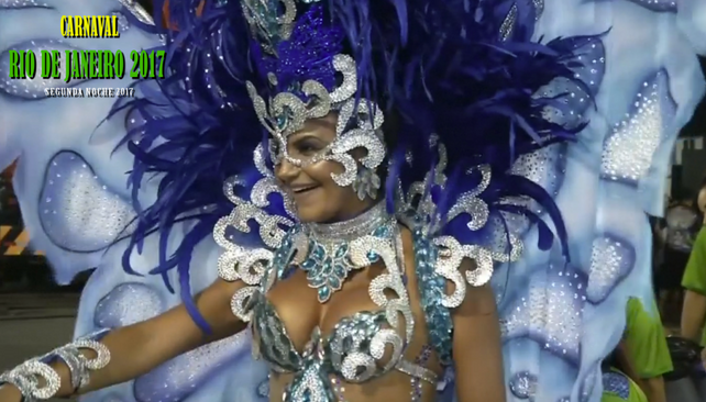"""Rio de Janeiro enloquece en segundo día de carnaval, los """"blocos"""" no paran! (vea video 2da"""