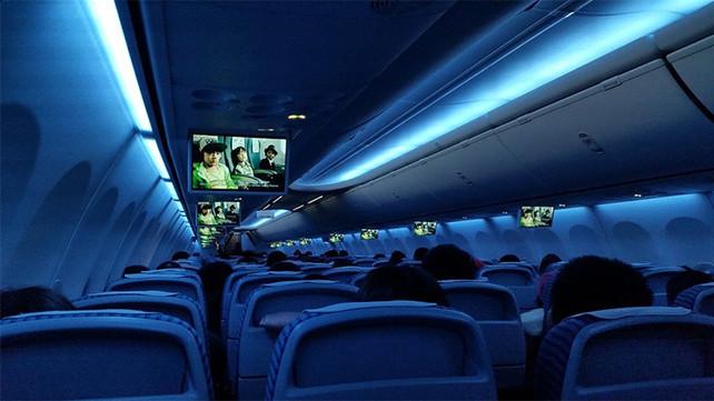 EE.UU. prohíbe portátiles y tabletas en vuelos procedentes de una decena de países