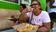 La pizza voladora de La Habana, una sencilla modalidad que está atrayendo a los turistas (video)